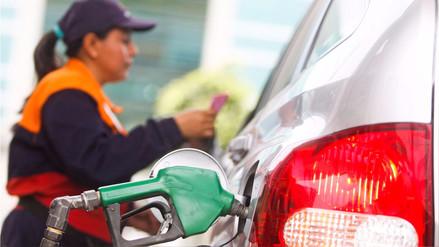 Opecu: Bajan precios de gasolinas y sube costo del diésel