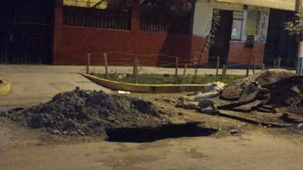 Los Olivos: Vecinos reportan que obra en pista recién terminada se viene hundiendo
