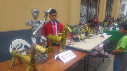Trujillo: escolares exponen creatividad en esculturas metales