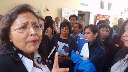Retienen a personal de la Ugel Chiclayo en colegio San José por descuentos