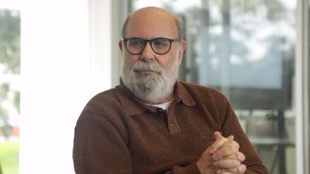 """Alberto Ísola: """"El teatro es uno de los pocos espacios donde aún nos miramos cara a cara"""""""