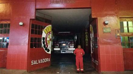 Compañía de bomberos de Chiclayo se queda sin luz