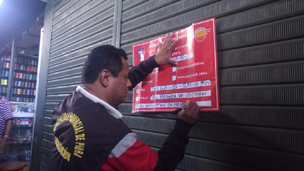 Hallan insectos en puestos de comida en mercado de Piura