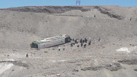 Tres heridos dejó despiste de bus en Majes