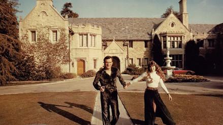 ¿Cuál es la historia detrás de la mansión Playboy de Hugh Hefner?