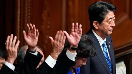 Shinzo Abe disolvió la Cámara baja del Parlamento japonés