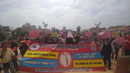 Obreros municipales de Leonardo Ortiz inician huelga por pagos atrasados