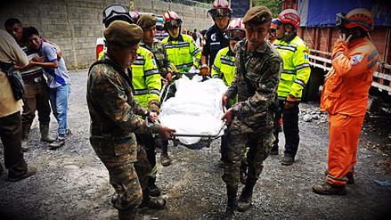 Se elevó a cinco la cifra de fallecidos tras alud en Guatemala