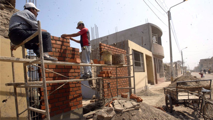 MVCS transfirió S/115 mllns para subsidios por reconstrucción de viviendas
