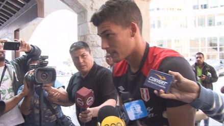 Iván Bulos llegó en muletas a la concentración de la Selección Peruana