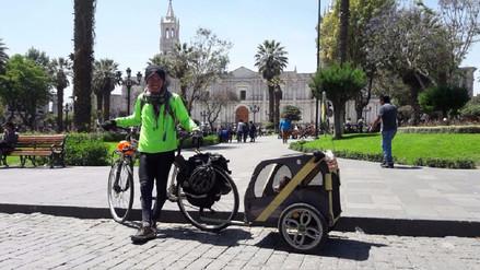 Joven colombiano recorre en bicicleta países de Sudamérica