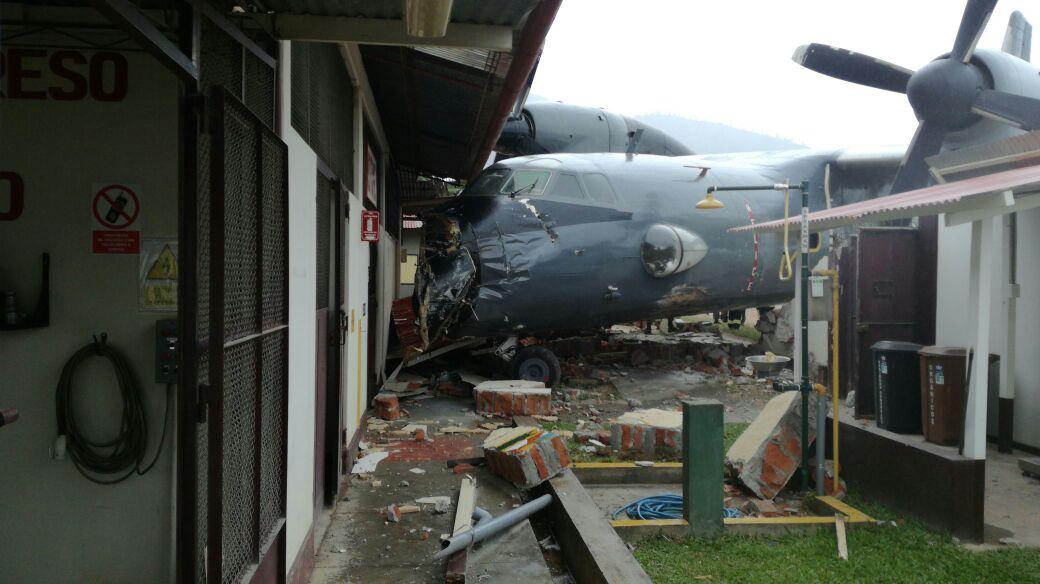 Satipo: Avión de la Marina se estrelló en aeródromo de Mazamari
