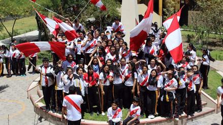 La fiebre del fútbol invade la ciudad de Arequipa