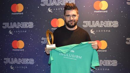 Premian a Juanes por labor solidaria con 'Mi Sangre'