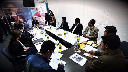 El Ministro de Educación se reunió con el dirigente Pedro Castillo