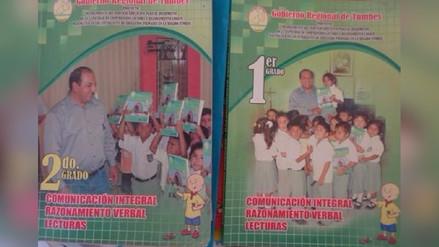 Escolares utilizan libros con portada de Gerardo Viñas Dioses