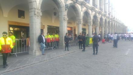 Plan de seguridad en marcha en la Plaza de Armas por partido Perú - Colombia