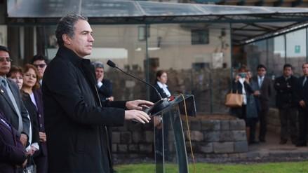 Ministro de Cultura lamenta muerte de Fernando de Szyszlo