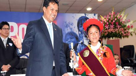 "Niña paucartambina fue ungida como ""gobernadora regional"""
