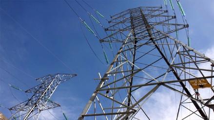Tarifas eléctricas bajarían 20% para clientes residenciales