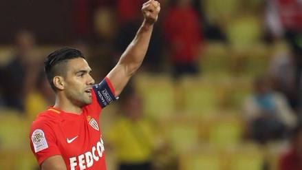 Radamel Falcao dejó en el piso a defensa y marcó para el Mónaco