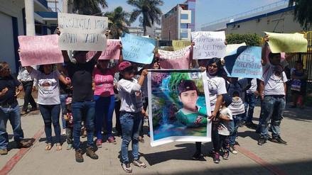 Protestan exigiendo drástica sanción para implicado en asesinato de joven