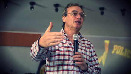 Carlos Basombrío y el Poder Judicial se enfrentaron en Twitter por un preso