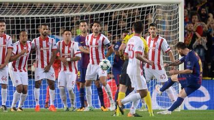 Lionel Messi anotó un golazo de tiro libre al ángulo ante Olympiakos