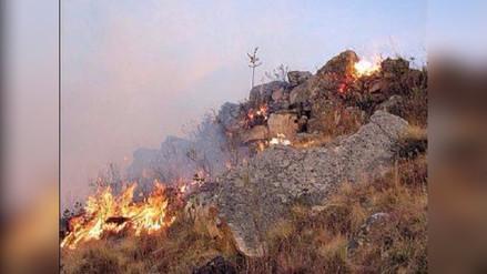 Reportan incontrolable incendio en Marcahuamachuco