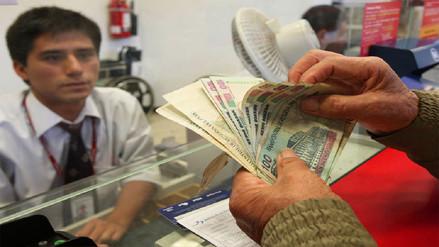 SBS propone que sea obligatorio pagar sueldos a través de los bancos