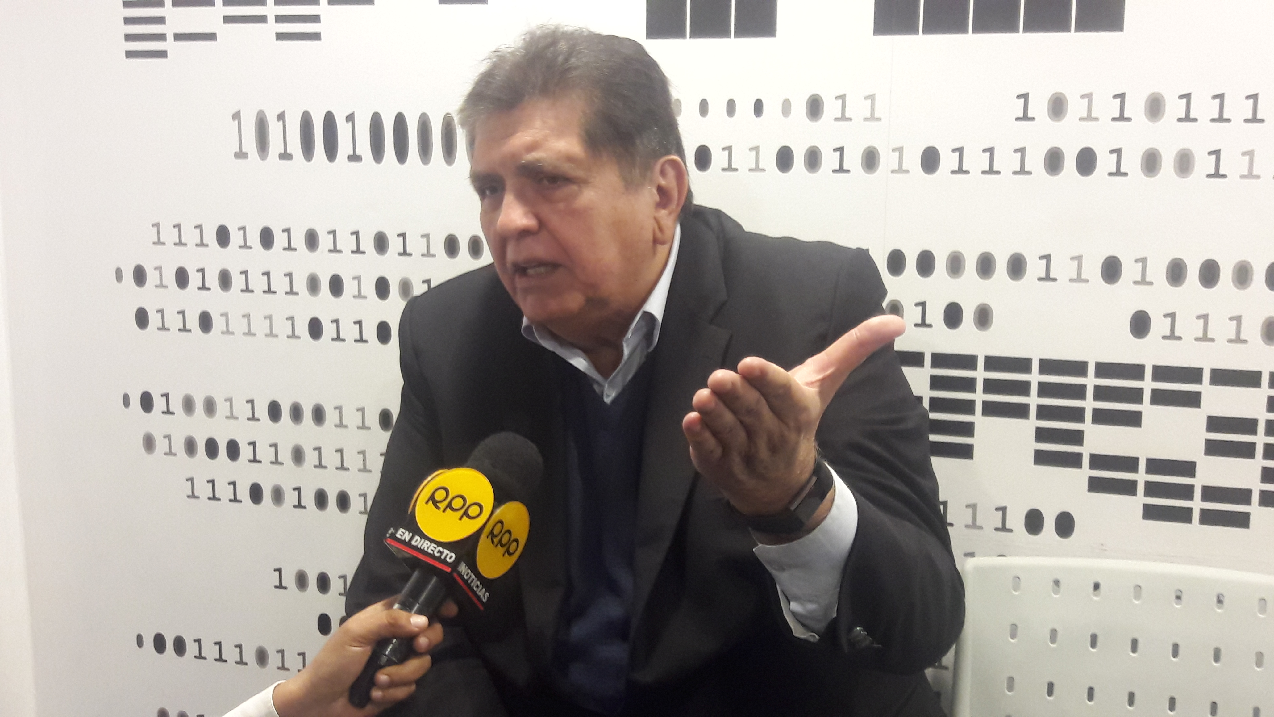 """Alan García: """"No espero ser ministro, aunque por el Perú yo haría cualquier cosa"""""""