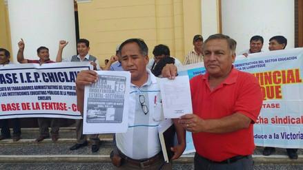 Trabajadores de Educación inician huelga por aumento de sueldos