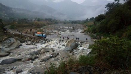 Lluvia aumenta caudal de río Moyán y produce aislamiento