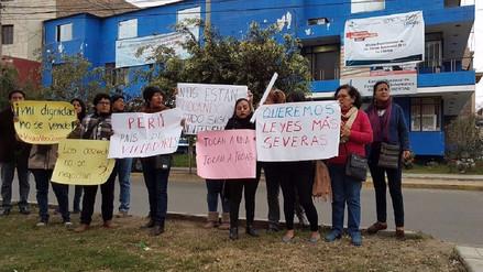 Trujillo: Realizan plantón frente a INEI por violación de censadora en Lima
