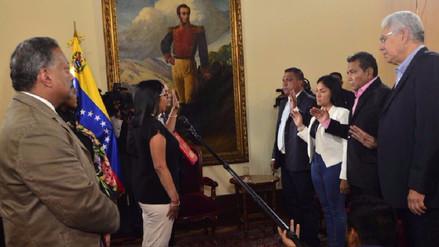 Cuatro de los cinco gobernadores opositores juraron ante la Constituyente