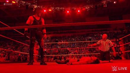 Kane aplastó a Finn Bálor y mandó un mensaje a Braun Strowman