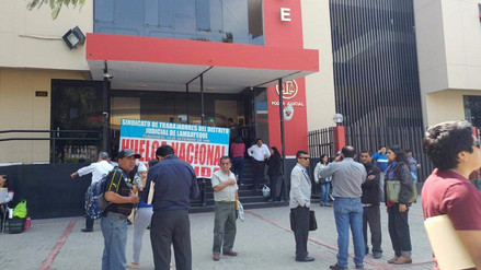Trabajadores del Poder Judicial inician huelga pese a descuentos