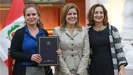Perú y OCDE firman convenio de intercambio de información tributaria y financiera
