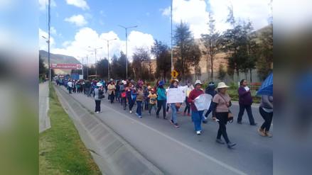 Tránsito restringido en la Carretera Central por paro de profesores en La Oroya