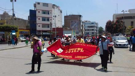Profesores esperan se cumpla con pago de descuentos por huelga