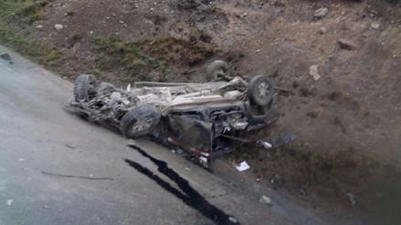 Un muerto y otros dos heridos dejó accidente en Carhuacoto