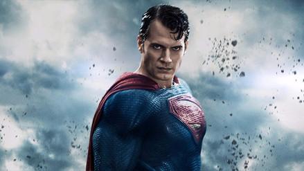 'Justice League': Henry Cavill se luce junto a todo el elenco