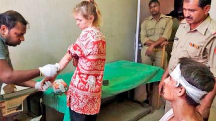 Una pareja de turistas suizos fueron acosados y agredidos en India por una foto