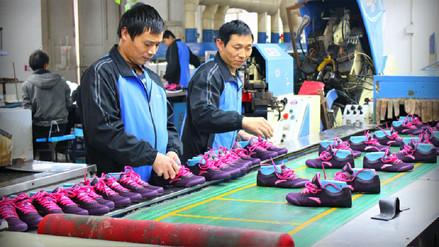 Indecopi mantiene medidas antidumping a importación de calzado chino hasta el 2021