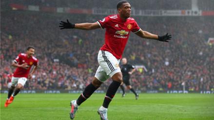 Manchester United derrotó al Tottenham y mete presión al City