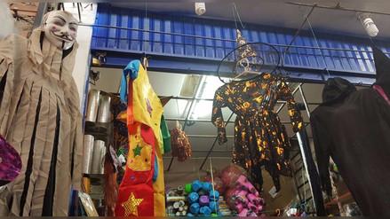 Comerciantes ya viven Halloween en Trujillo