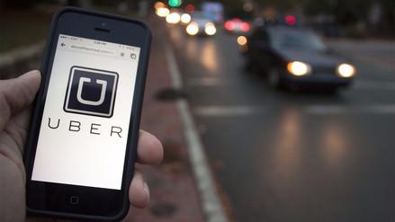 Choferes que ofrecen sus servicios en Uber protestan en Brasil por proyecto de ley