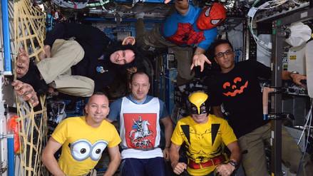 Astronautas de la Expedición 53 celebran Halloween en el espacio