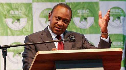 Uhuru Kenyatta fue reelegido presidente de Kenia en unos comicios boicoteados por la oposición