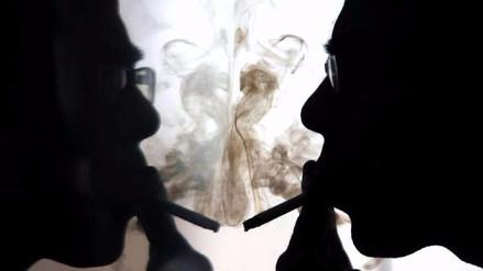Video | Experimento casero demuestra el devastador daño que causa el cigarro